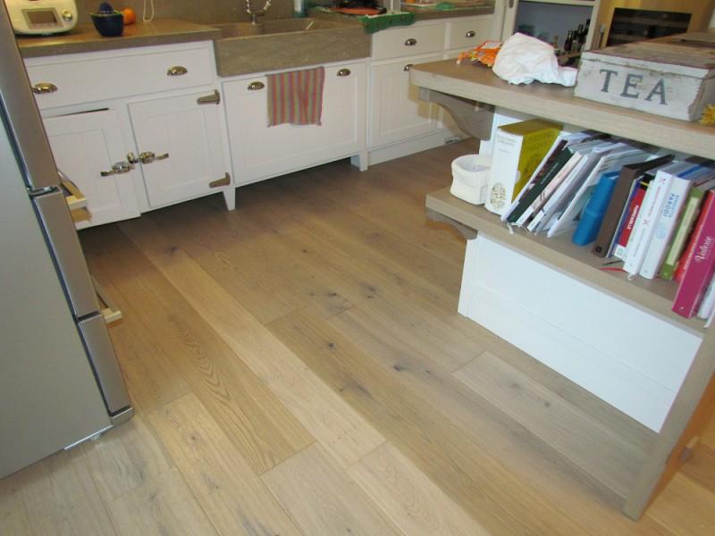 Casa privata Montorso Vicentino Pavimento legno Fiemme 3000 Rovere Argento variegato piallato a mano