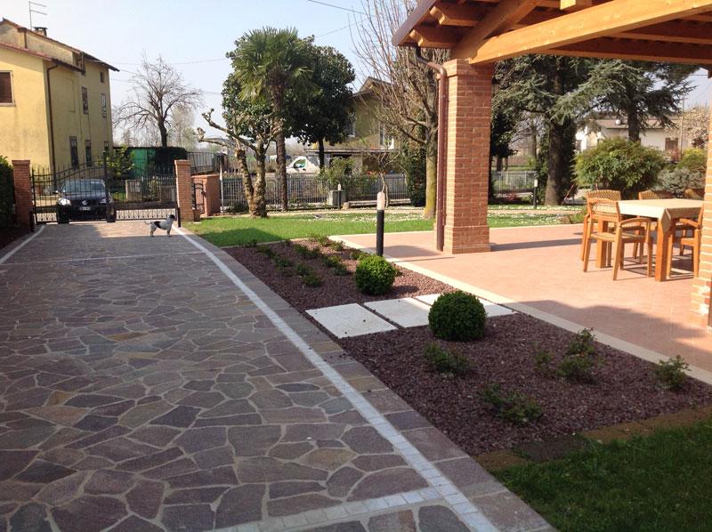 Fornitura e posa di pavimenti esterni – Villetta a Brendola (Vicenza ...