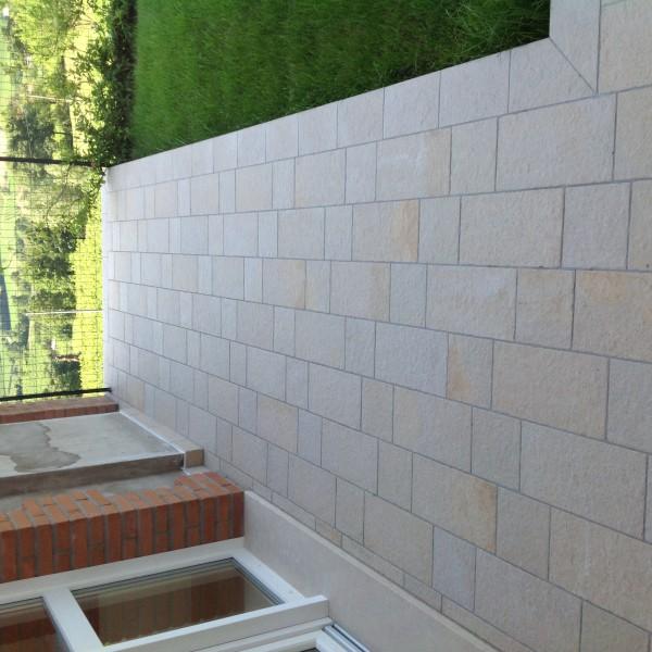 Pavimento esterno gres porcellanato formato 20x40  Casa privata Brendola (Vi)